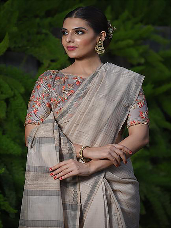 Majesty Light Cream Color Designer Silk Saree DSY-5010