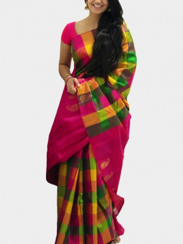 Fanciful Red And Green Color Soft Silk Saree FN627