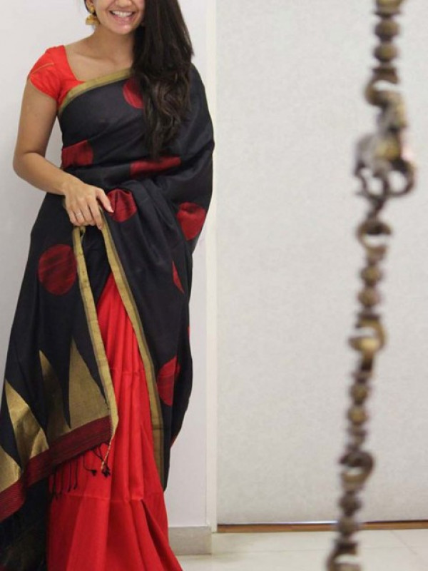 Exceptional Red And Black Color Soft Silk Saree FN1087
