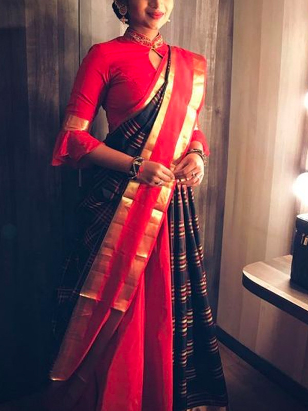 Excellent Red And Black Color Soft Silk Saree VMRSC3005