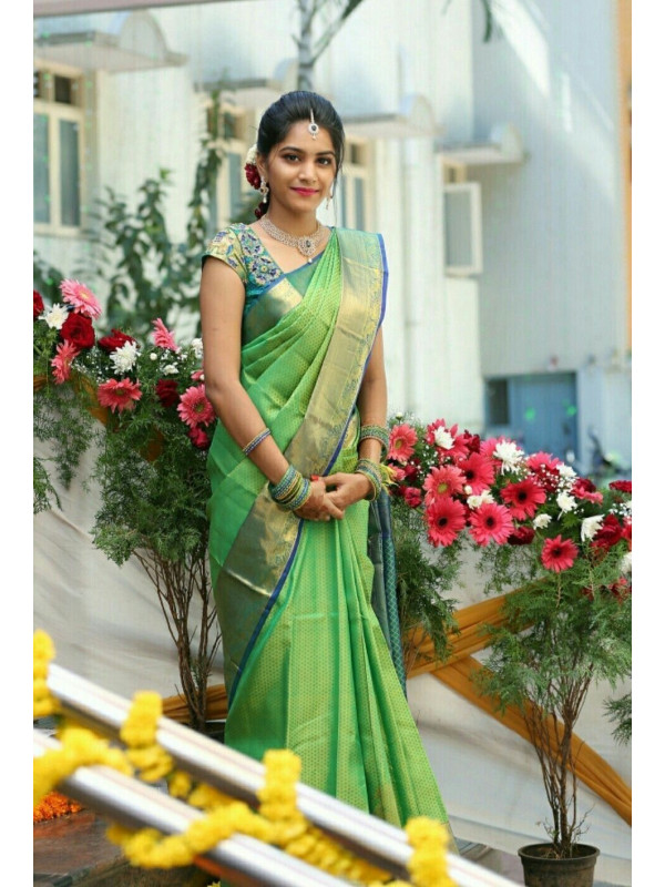 Surpassing Green Color Soft Silk Saree SC-3160