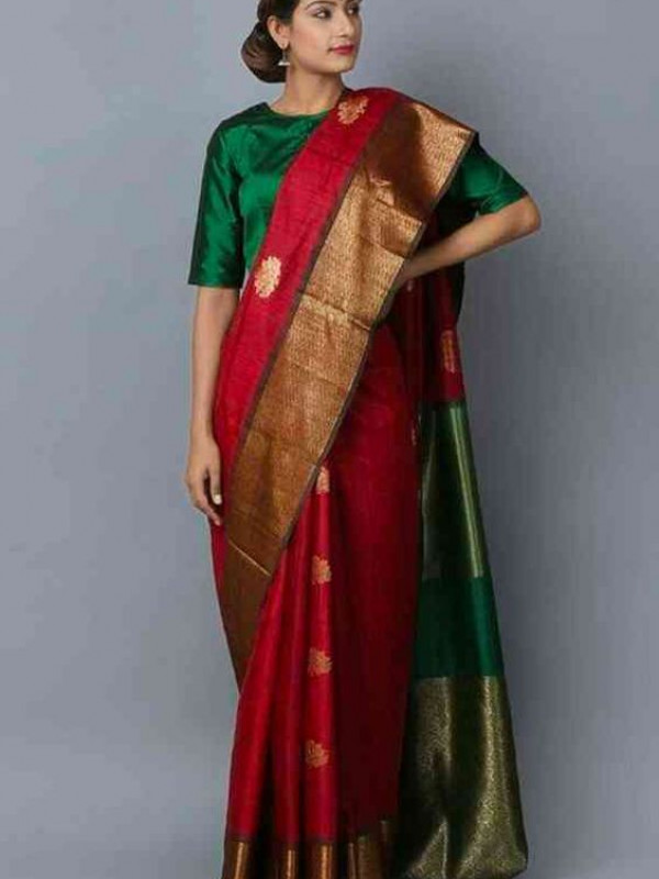 Gorgeous Red And Green Color Soft Silk Saree VMRSC4003