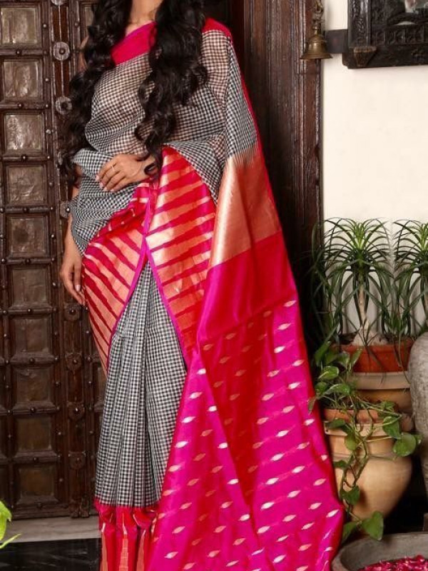 Gleaming Grey And Pink Color Designer Soft Silk Saree SC4008